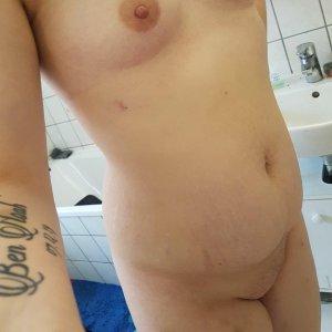 janine93, 24