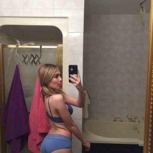 LiliithLA, 22