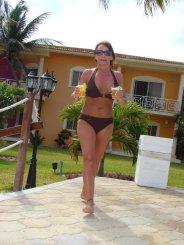 Ameelia (54)